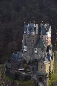 Ausflugsziel Burg Elz im März 2017
