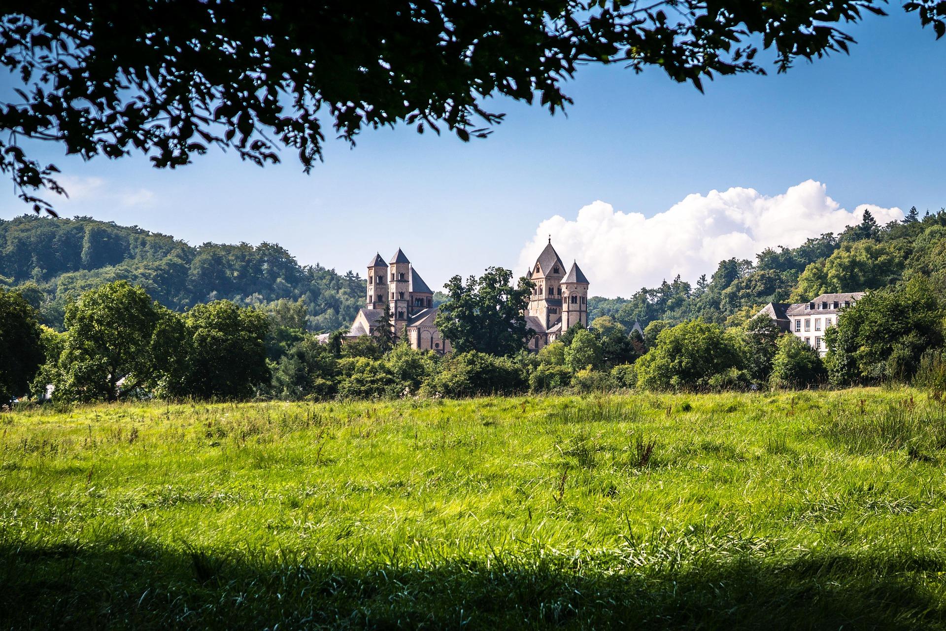 Ausflugsziele Maria Laach und Abtei Maria Laach