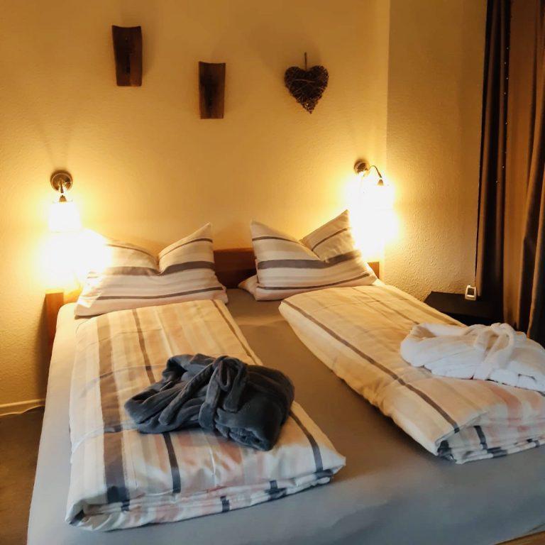 schlafbereich-ferienwohnung-vogt-mertloch-2020-2