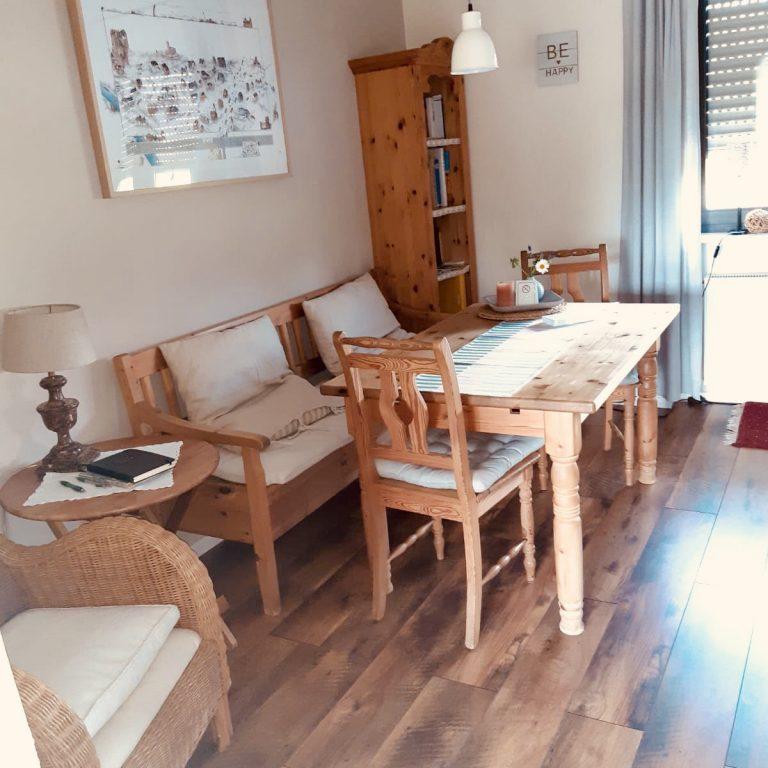 wohnbereich-ferienwohnung-vogt-mertloch-07-20-3